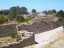 Walls_of_Troy_(2).jpg