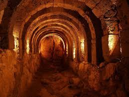 SANCTUARIES IN ANCIENT GREECE
